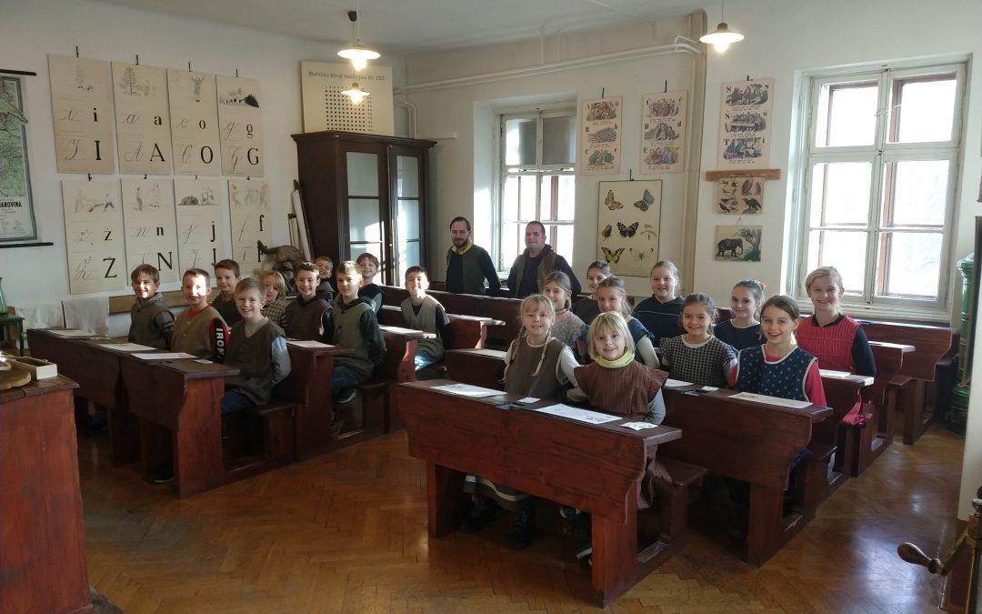 Obisk Slovenskega šolskega muzeja 4.c in 4.g